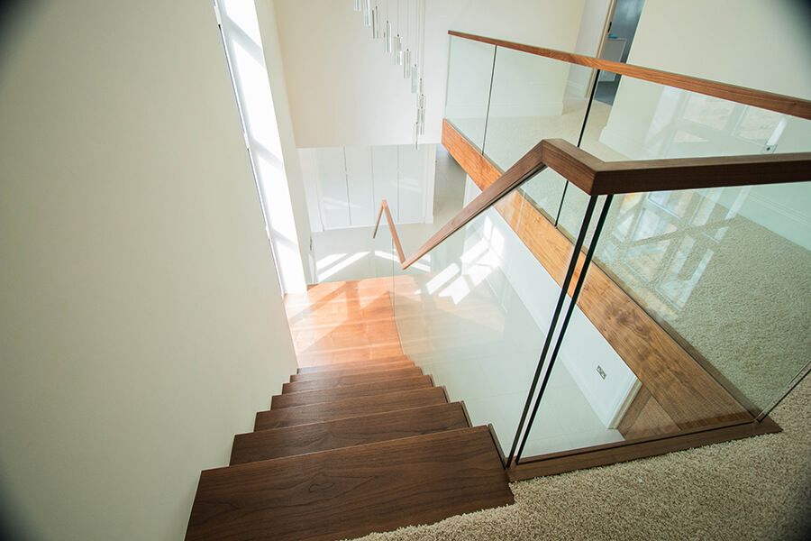 Floating Clasic Staircases