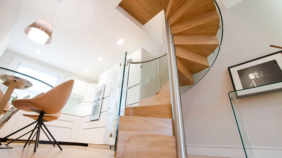 Framless Glass helical stairs Railing London
