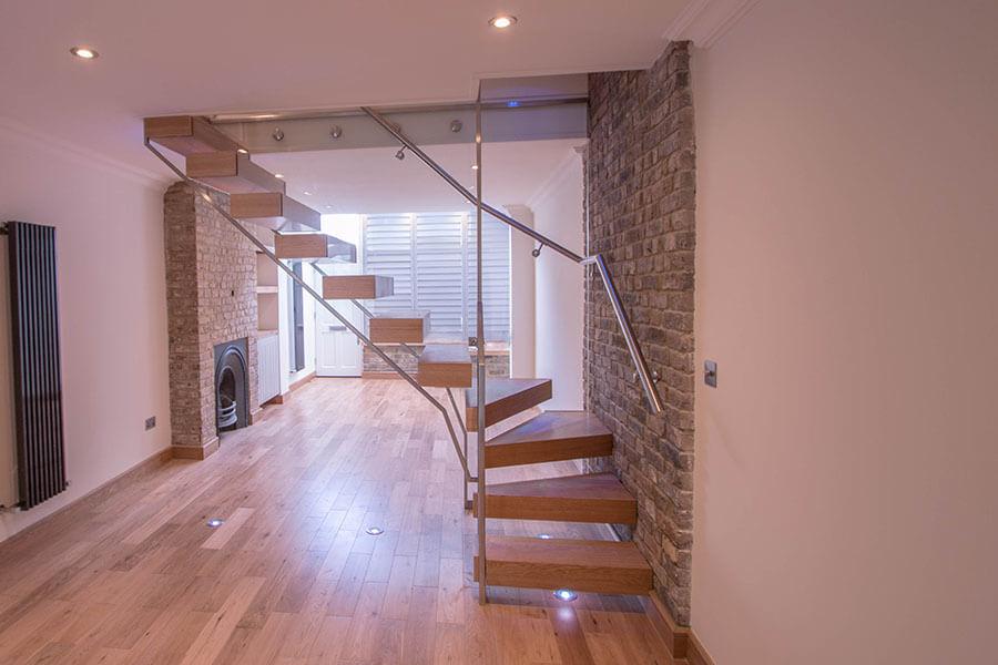 Railing London Floating Oak Stairs