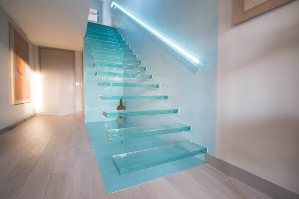 Notice the state-of-art LED-lighted handrail
