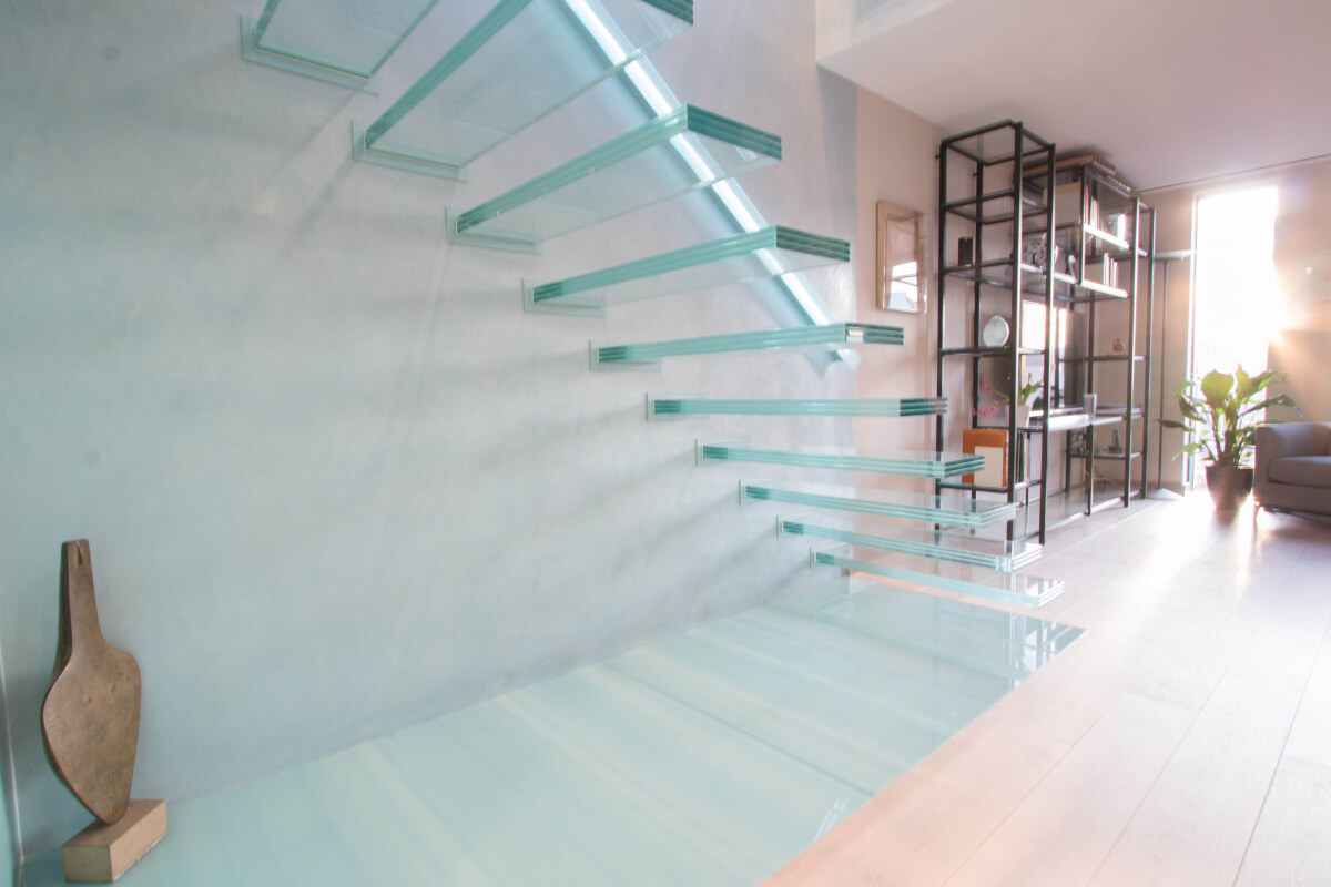 Glass Floating Stairs Design Decoration