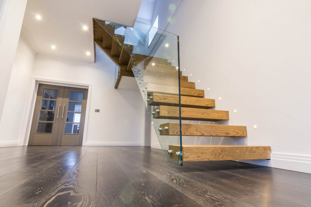 Nice Cantilevered Floating Treads Staircase With A Frameless Glass Balustrade    Portfolio   Exclusivestaircases.co.uk